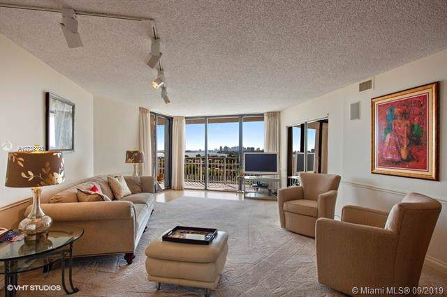 1000 Quayside Ter #910, Miami, FL 33138 (MLS #A10739393) :: Grove Properties