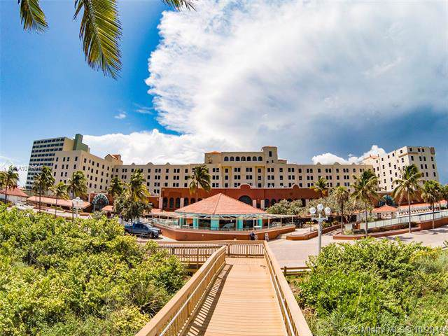 101 N Ocean Dr #671, Hollywood, FL 33019 (MLS #A10739515) :: Ray De Leon with One Sotheby's International Realty