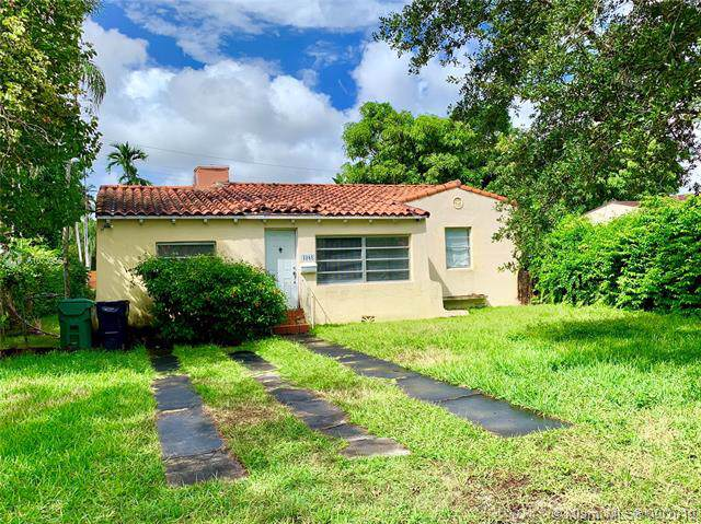 4381 SW 14th St, Miami, FL 33134 (MLS #A10739564) :: The Rose Harris Group