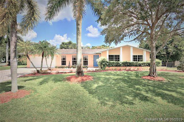12935 SW 109th Pl, Miami, FL 33176 (MLS #A10739567) :: Ray De Leon with One Sotheby's International Realty