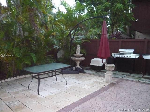 6621 SW 116th Pl B2, Miami, FL 33173 (MLS #A10739734) :: Castelli Real Estate Services