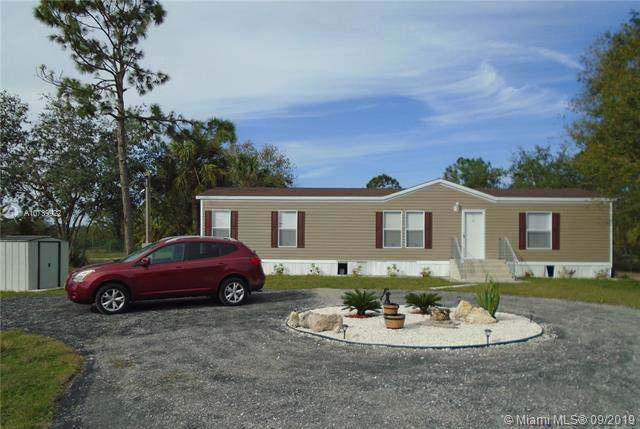 580 S Mayoral, Clewiston, FL 33440 (MLS #A10739922) :: Grove Properties