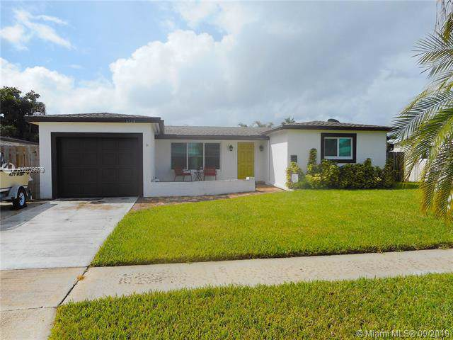 6528 NW 1st Ct, Margate, FL 33063 (MLS #A10739979) :: Castelli Real Estate Services