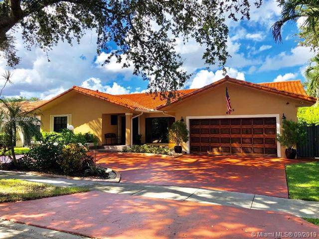 8113 NW 163rd Ter, Miami Lakes, FL 33016 (MLS #A10740056) :: Castelli Real Estate Services