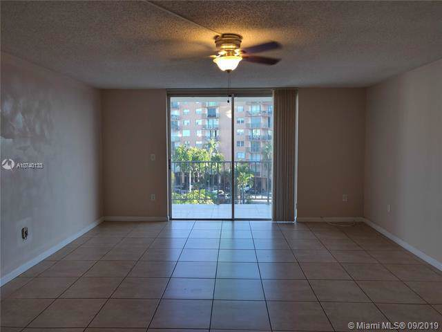 1470 NE 125th Ter #405, North Miami, FL 33161 (MLS #A10740133) :: The Adrian Foley Group