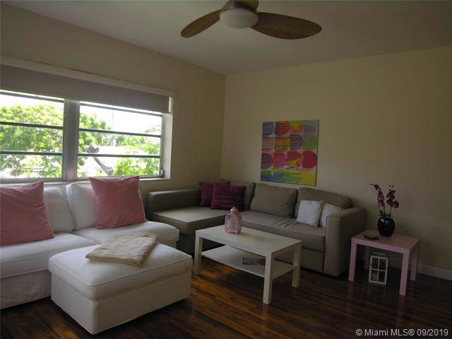 7935 Carlyle #10, Miami Beach, FL 33141 (MLS #A10740228) :: Grove Properties