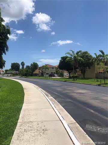 14319 SW 135 PL #14319, Miami, FL 33186 (MLS #A10740376) :: The Kurz Team