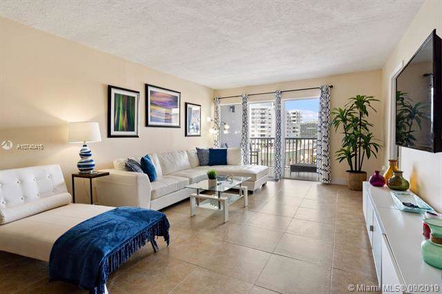 6855 Abbott Ave #404, Miami Beach, FL 33141 (MLS #A10740415) :: The Kurz Team