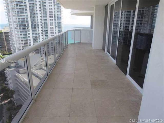 6301 Collins Ave #2406, Miami Beach, FL 33141 (MLS #A10740423) :: Castelli Real Estate Services