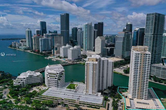 801 Brickell Key Blvd #2202, Miami, FL 33131 (MLS #A10740722) :: The Paiz Group