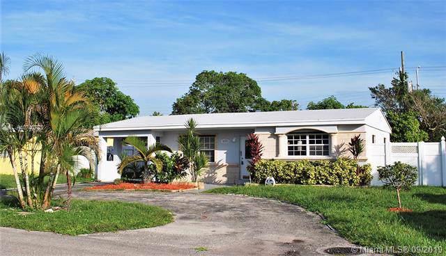 6551 SW 30th St, Miramar, FL 33023 (MLS #A10740773) :: The Kurz Team