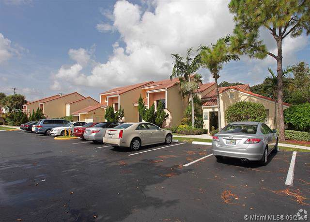2499 Glades Rd, Boca Raton, FL 33431 (MLS #A10740816) :: The Paiz Group