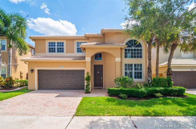 16780 NW 13th Court, Pembroke Pines, FL 33028 (MLS #A10740981) :: Green Realty Properties