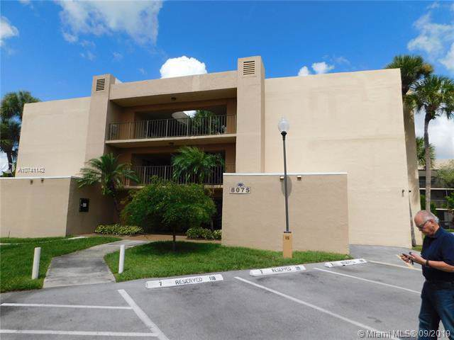 8075 SW 107  Ave #103, Miami, FL 33173 (MLS #A10741142) :: The Jack Coden Group