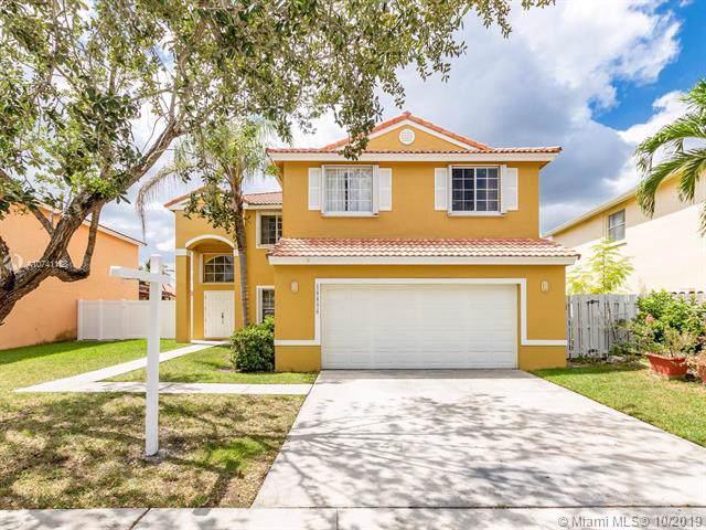 18890 NW 12th St, Pembroke Pines, FL 33029 (MLS #A10741158) :: Grove Properties