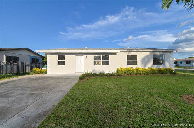 14355 SW 109th Ct, Miami, FL 33176 (MLS #A10741187) :: Green Realty Properties