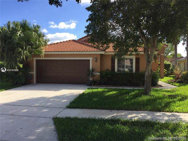 357 SW 163rd Ave, Pembroke Pines, FL 33027 (#A10741263) :: Real Estate Authority