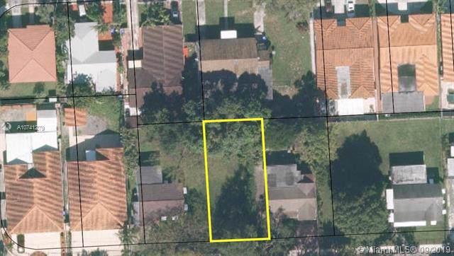 4255 SW 7th St, Miami, FL 33134 (MLS #A10741279) :: Grove Properties