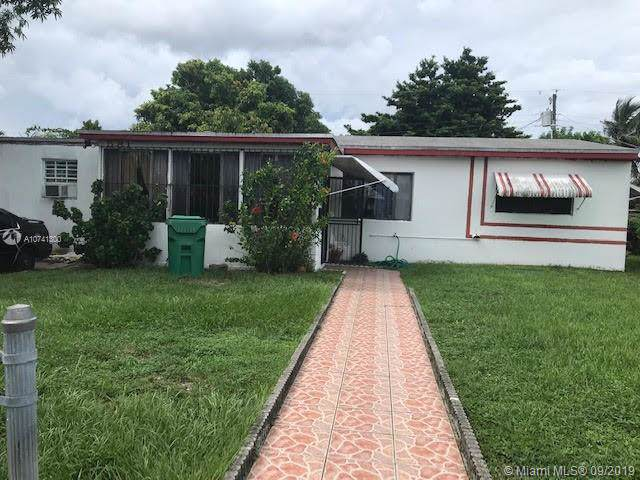 581 NW 184th Ter, Miami Gardens, FL 33169 (MLS #A10741300) :: The Jack Coden Group