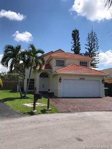 5239 SW 153rd Ave, Miami, FL 33185 (MLS #A10741334) :: Castelli Real Estate Services