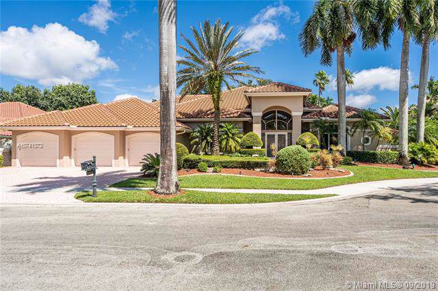 3164 Inverness, Weston, FL 33332 (MLS #A10741372) :: The Riley Smith Group
