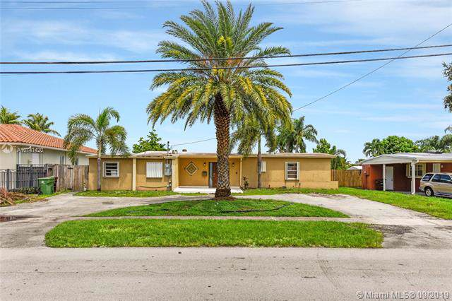 1451 W 62nd St, Hialeah, FL 33012 (MLS #A10741420) :: Castelli Real Estate Services