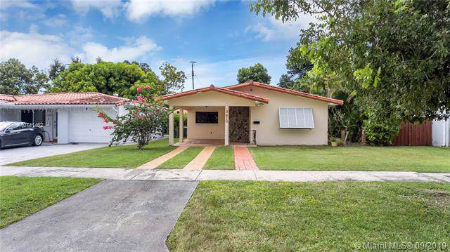 3610 SW 58 CT, Miami, FL 33155 (MLS #A10741462) :: The Jack Coden Group