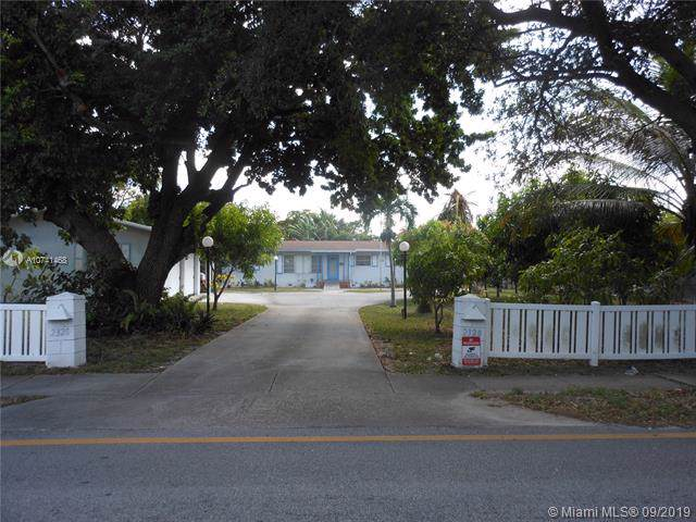 2320 Polk St, Hollywood, FL 33020 (#A10741468) :: Real Estate Authority