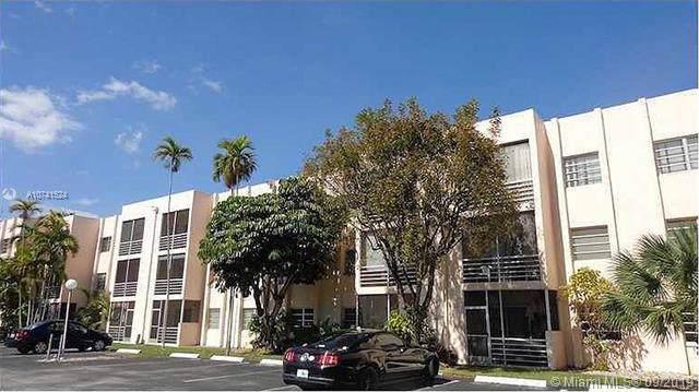 15888 SW 95th Ave #124, Miami, FL 33157 (MLS #A10741524) :: Grove Properties