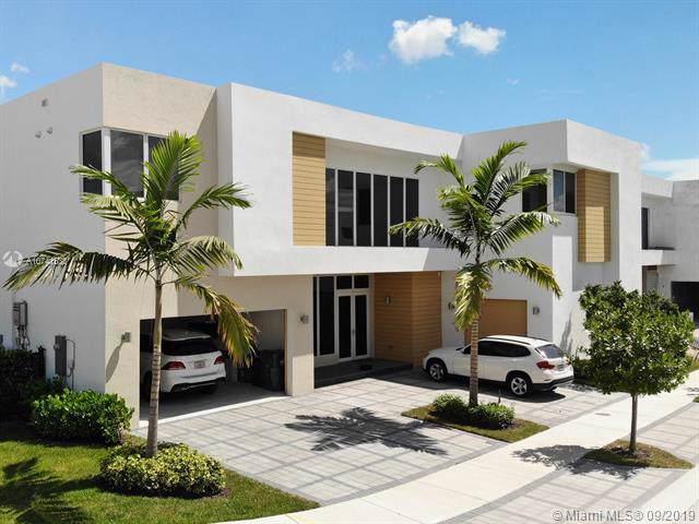 7525 NW 103rd Pl, Doral, FL 33178 (MLS #A10741533) :: Grove Properties