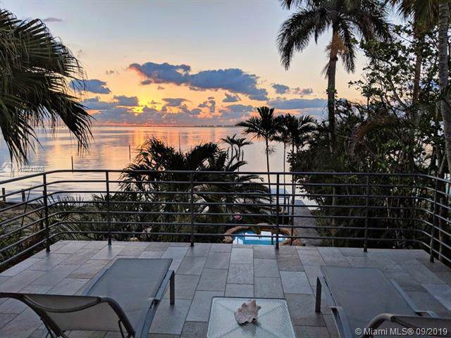 3523 N Bay Homes, Coconut Grove, FL 33133 (MLS #A10741605) :: The Paiz Group