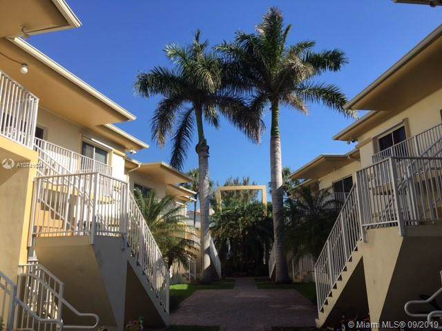 1142 99th St #4, Bay Harbor Islands, FL 33154 (MLS #A10741634) :: The Paiz Group