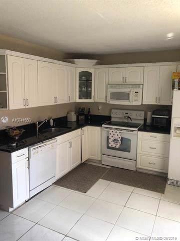 866 SW 120th Way #0, Davie, FL 33325 (MLS #A10741650) :: Grove Properties