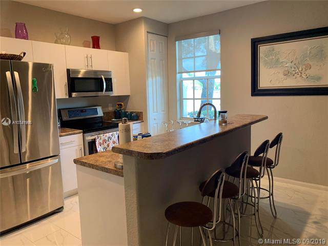 2739 SW 84th Ter #104, Miramar, FL 33025 (MLS #A10741998) :: The Riley Smith Group