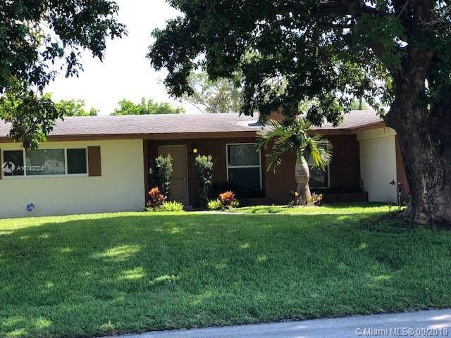 212 SW 11th Ave, Boynton Beach, FL 33435 (MLS #A10742024) :: The Riley Smith Group
