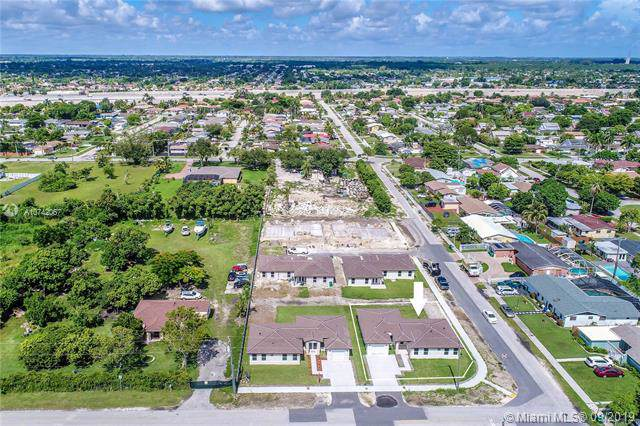 18000 SW 110th Ave, Miami, FL 33157 (MLS #A10742067) :: Green Realty Properties