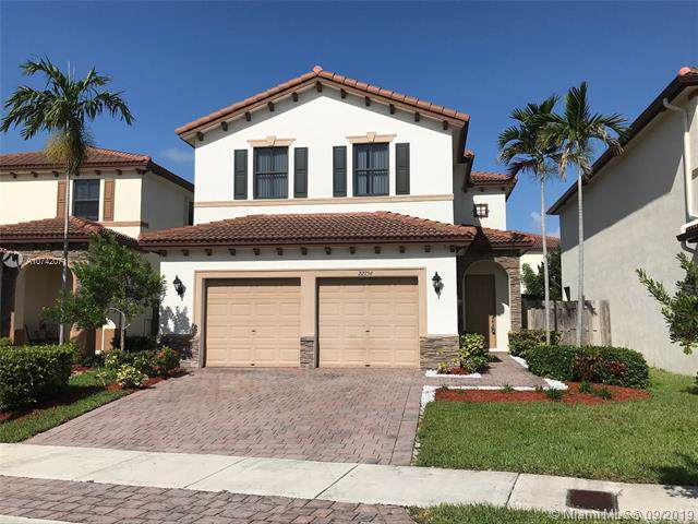 22756 SW 92nd Ct, Cutler Bay, FL 33190 (MLS #A10742071) :: The Riley Smith Group
