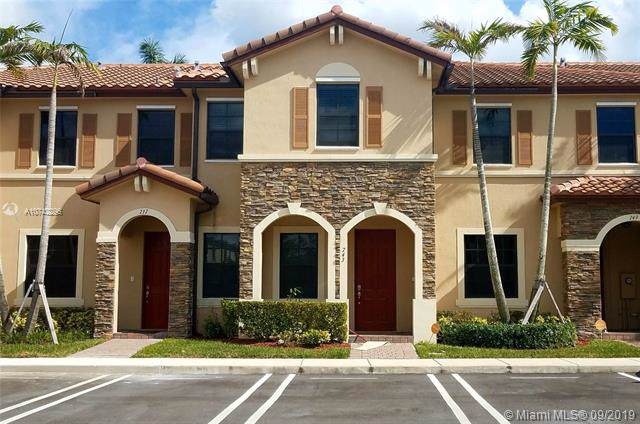 743 SE 32nd Ter #743, Homestead, FL 33033 (MLS #A10742296) :: The Riley Smith Group