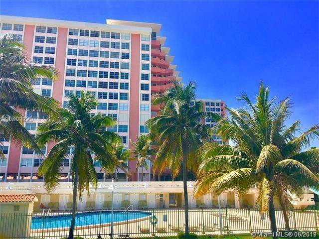 2899 W Collins Ave #1744, Miami Beach, FL 33140 (MLS #A10742345) :: United Realty Group
