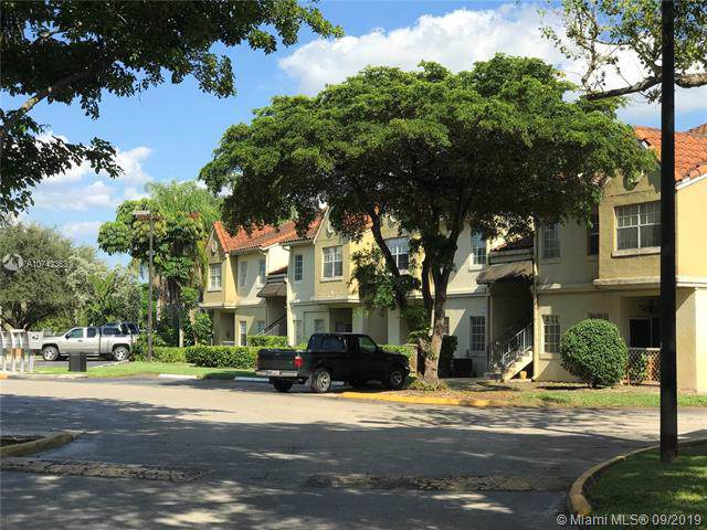 18310 NW 68th Ave D, Miami, FL 33015 (MLS #A10742363) :: Ray De Leon with One Sotheby's International Realty