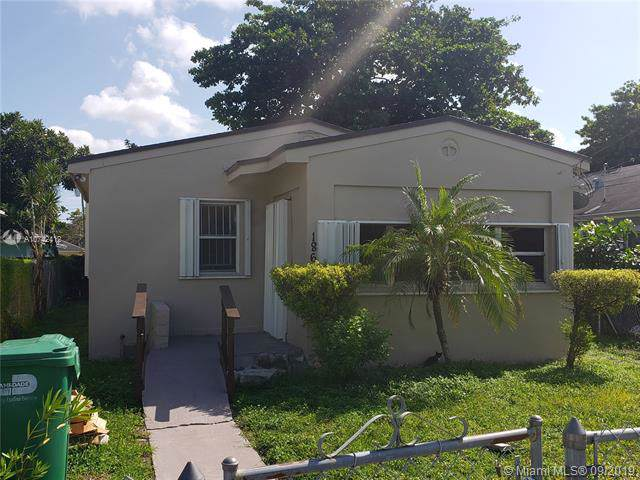 1868 NW 64th St, Miami, FL 33147 (MLS #A10742412) :: The Riley Smith Group