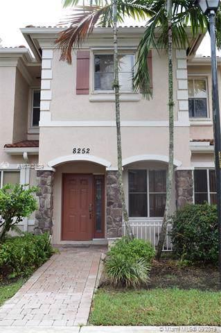 8252 SW 29th St #102, Miramar, FL 33025 (MLS #A10742489) :: The Riley Smith Group