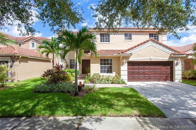 4117 Cinnamon Way, Weston, FL 33331 (MLS #A10742501) :: The Riley Smith Group