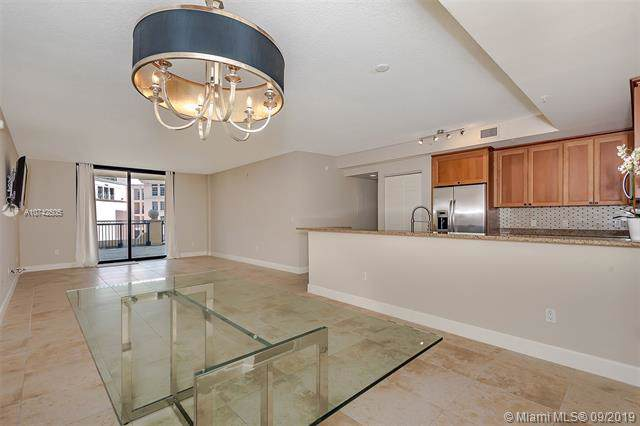 55 Merrick Way #508, Coral Gables, FL 33134 (MLS #A10742505) :: Grove Properties