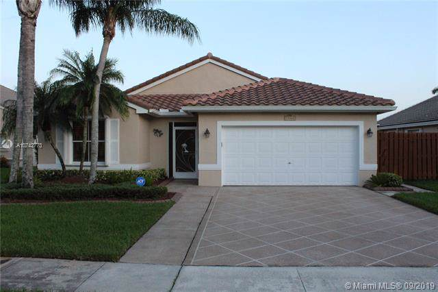 19360 NW 24th Pl, Pembroke Pines, FL 33029 (MLS #A10742773) :: RE/MAX Presidential Real Estate Group