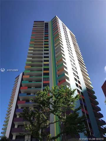 1581 Brickell Ave #1607, Miami, FL 33129 (MLS #A10742989) :: The Paiz Group