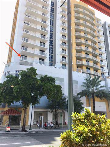 900 SW 8th St #603, Miami, FL 33130 (MLS #A10743159) :: The Teri Arbogast Team at Keller Williams Partners SW