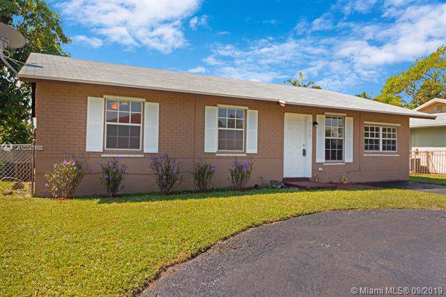 8150 SW 7th Ct, North Lauderdale, FL 33068 (MLS #A10743168) :: The Paiz Group