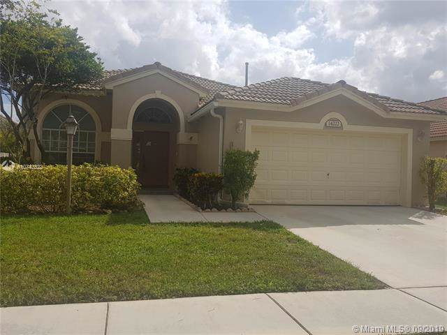14222 NW 23rd St, Pembroke Pines, FL 33028 (MLS #A10743322) :: The Jack Coden Group