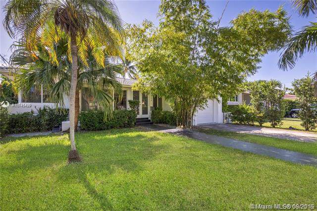 9264 Dickens Ave, Surfside, FL 33154 (MLS #A10743429) :: The Riley Smith Group